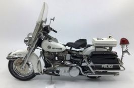 Franklin Mint: A boxed Harley Davidson Electra Glide Police Patrol by Franklin Mint. Boxed with