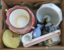 A box of assorted ceramics to include: Booths, Carltonware, Wedgwood, etc. Some damage.