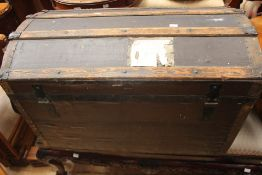 An early 20th century wooden trunk, no interior, measuring approx. 82cm x 52cm x 46cm.