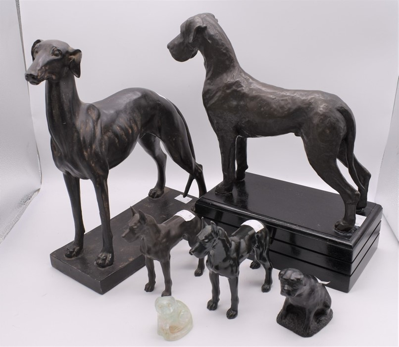 A group of dogs, base metal - Greyhound, Great Danes, Pugs etc. (6) - Image 2 of 2