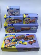 Corgi: A collection of Corgi diecast Chipperfields vehicles to include 97022 AEC Regal , 96905