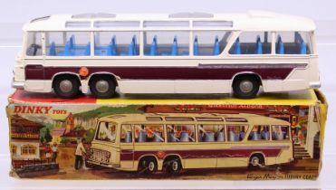 Dinky: A boxed Dinky Toys, Vega Major Luxury Coach, 952, one box end and inner box end flap missing,