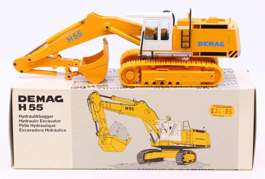 Diecast: A collection of three boxed diecast models to comprise: NZG, Caterpillar D8N, Track-Type - Image 3 of 3