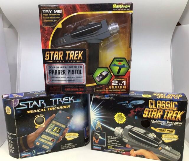 Star Trek: A Star Trek Transwarping, Phase Pistol & Communicator set, Classic Phaser, original - Image 3 of 4