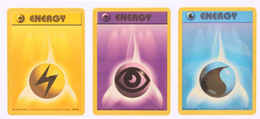 Pokemon: A complete Pokemon Base Card Set, comprising 102 cards, including a 1st Edition Holo - Image 12 of 13