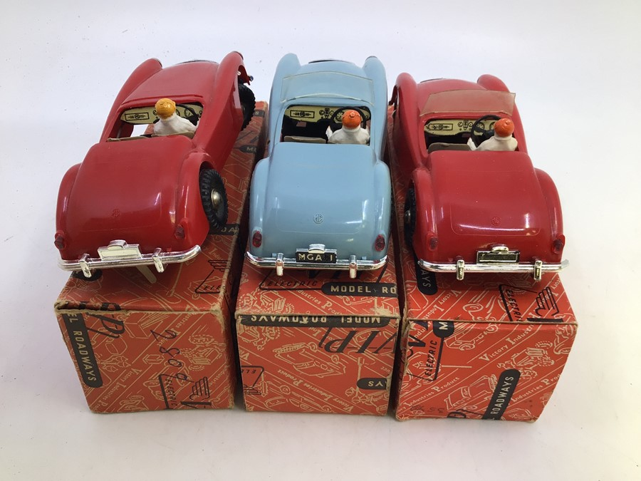 VIP Model Roadways: A collection of three boxed VIP Model Roadways MGA vehicles, comprising two in - Image 3 of 4