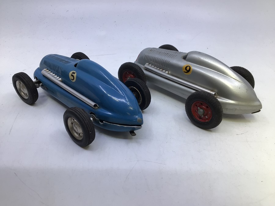 Mighty Midget: A pair of boxed Victory Industries, Mighty Midget, battery operated vehicles, one - Image 5 of 7