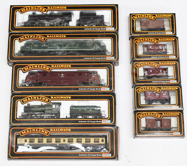 Mainline: A collection of four various boxed Mainline Railways locomotives to comprise: Type 4 1Co-