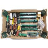 Model Railway: A collection of assorted OO gauge to include: Hornby 30027 0-4-4 locomotive, Hornby