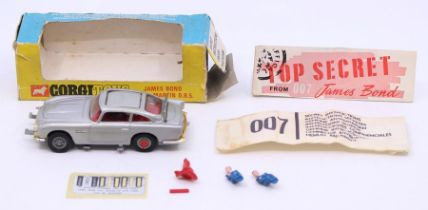 Corgi: A boxed Corgi Toys, James Bond Aston Martin D.B.5, 270, with opened secret instructions and