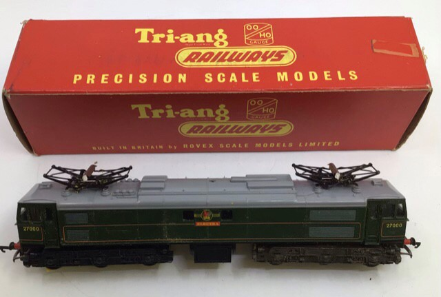 Hornby: A collection of Triang Hornby railway to include: R.351 Co-Co class EN2 electric