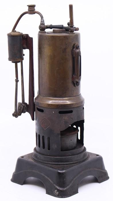 Bing: A vertical stationary live steam engine, Gebruder Bing, Nurnberg, diamond mark, single