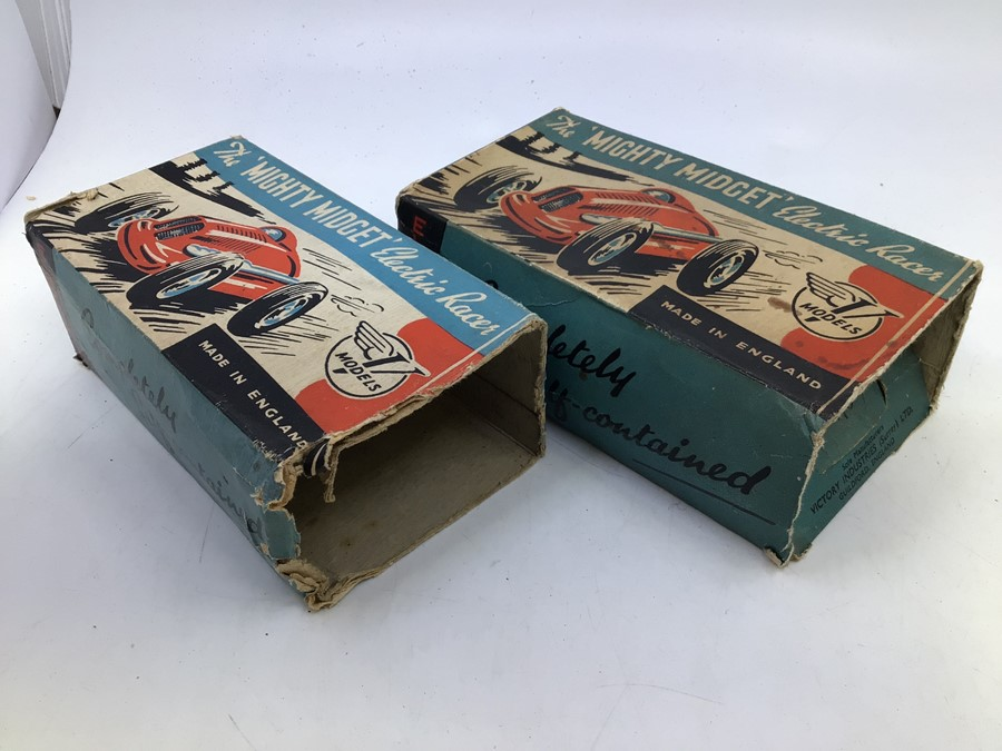 Mighty Midget: A pair of boxed Victory Industries, Mighty Midget, battery operated vehicles, one - Image 2 of 7