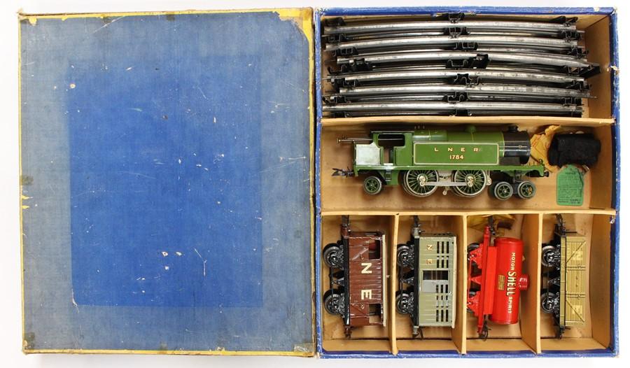 Hornby: A boxed Hornby O Gauge, Clockwork, No. 2 Mixed Goods Set, TS 413; comprising: LNER, 4-4-2