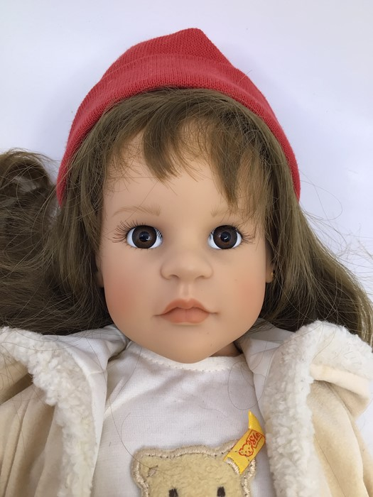 Gotz: A Gotz girl doll, with red hat, white shirt and red trousers, complete with small Steiff - Image 3 of 3