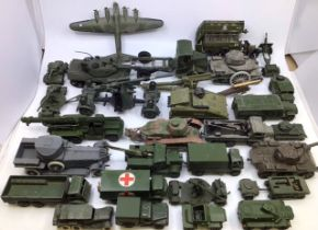 Dinky: A collection of assorted Dinky military vehicles to include 88mm Gun, Leopard Tank, Artillery