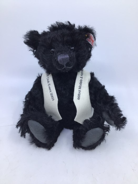 Steiff: A collection of three unboxed Steiff Limited Edition bears, all with certificates, to - Image 3 of 4