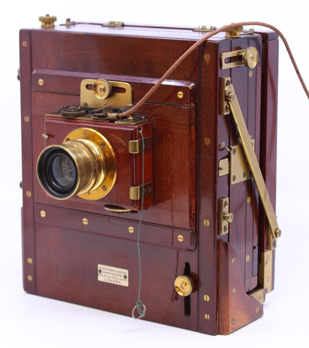 Thornton Pickard: A late 19th century W. Watson & Sons, London half plate camera, with Thornton - Image 3 of 8