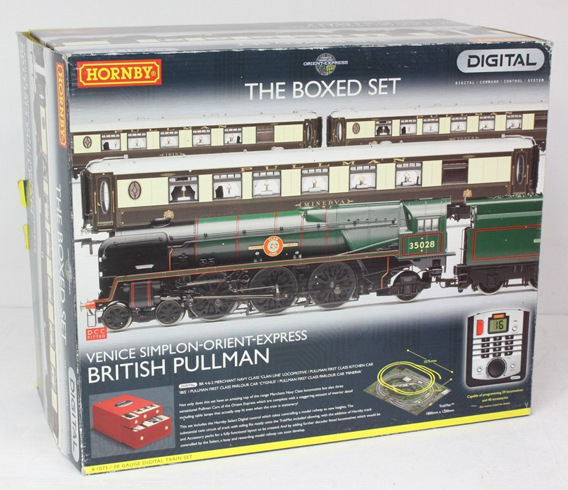 Hornby: A boxed Hornby, Digital, Venice Simplon-Orient-Express British Pullman, R1073, comprising - Image 3 of 4