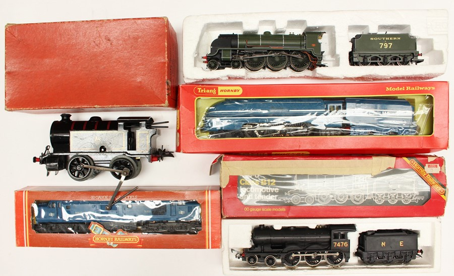 Hornby: A collection of assorted boxed Hornby locomotives to comprise: Tank Locomotive No. 40,