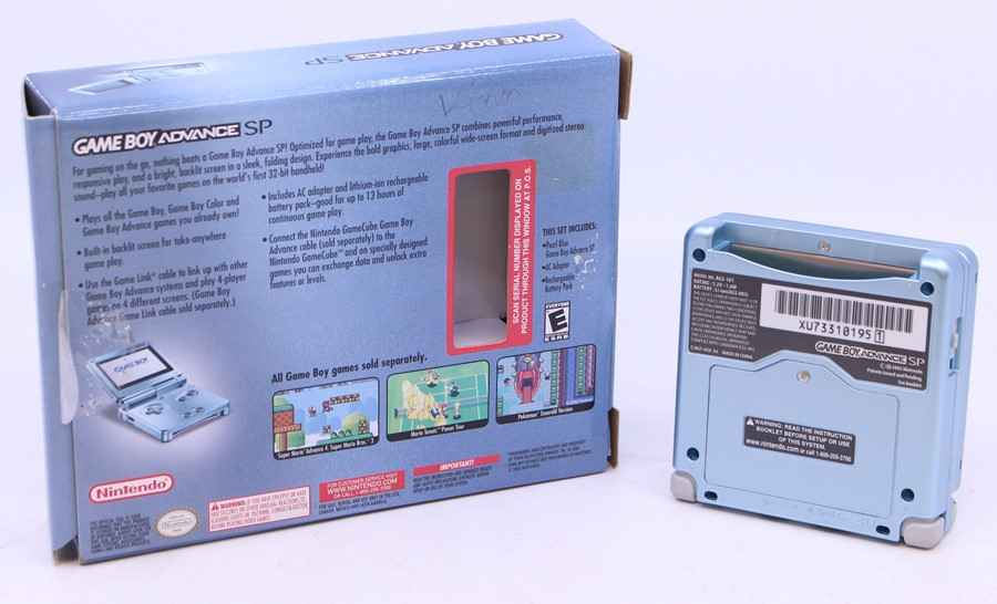 Game Boy: A boxed Nintendo Game Boy Advance SP AGS-101, Pearl Blue, US Version, unused, with - Image 3 of 3