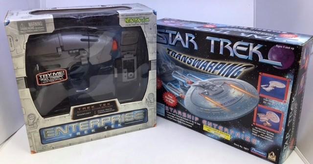 Star Trek: A Star Trek Transwarping, Phase Pistol & Communicator set, Classic Phaser, original - Image 4 of 4