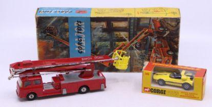 Corgi: A boxed Corgi Toys, Bertone Runabout Barchetta Whizzwheels, 386, yellow and black body,