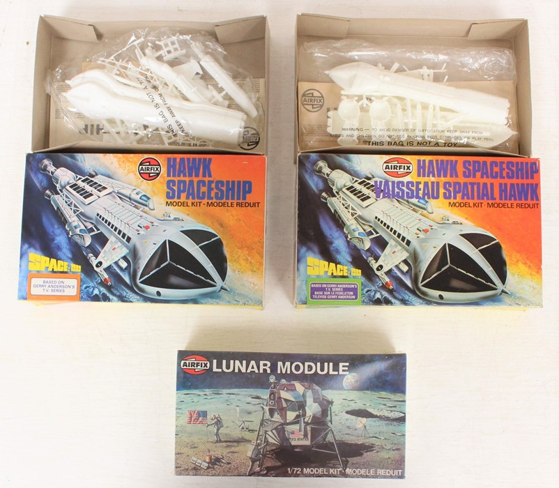 Airfix: A boxed Airfix Hawk Spaceship, Space 1999, 05173-2, contents still sealed; together with