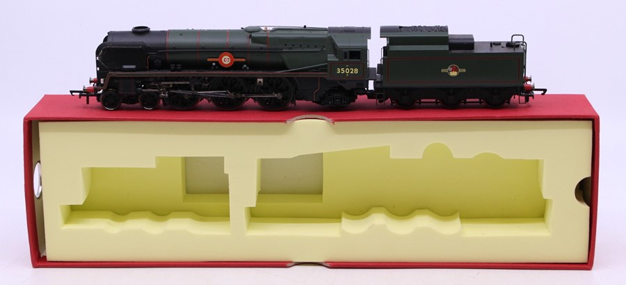 Hornby: A boxed Hornby, Digital, Venice Simplon-Orient-Express British Pullman, R1073, comprising - Image 2 of 4