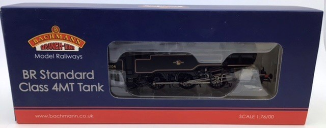 Bachmann: A collection of three OO gauge Bachmann locomotives: 32-778 class 37/0 Green Centre - Image 3 of 5