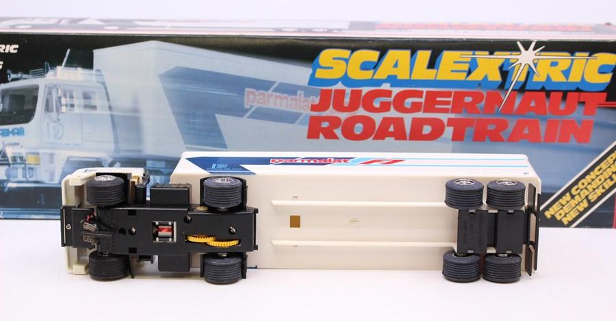 Scalextric: A boxed Scalextric, Juggernaut Roadtrain, C335 Parmalat Roadtrain, in original box, - Image 2 of 4