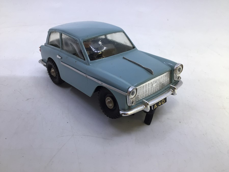 VIP Model Roadways: A boxed VIP Model Roadways, Austin A40, light blue body, vehicle appears good, - Image 5 of 6