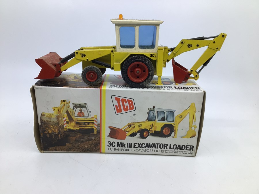 JCB: A collection of assorted JCB diecast models by NZG: 3C Mk III Excavator Loader, display dust - Image 3 of 3