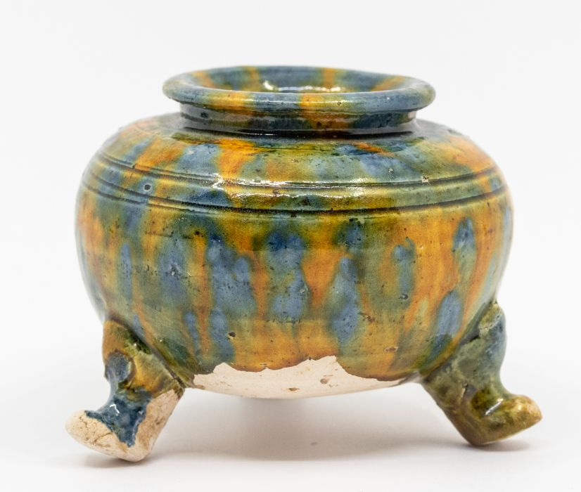 A Chinese small and raresancai-glazed tripod censer,the rounded sides rising from three short