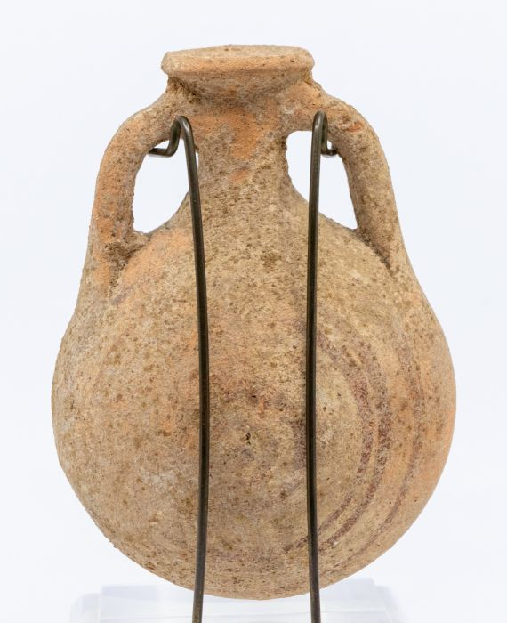 A pottery Pilgrim flask, crica 800 B.C., ex Moshe Dayan Collection, approx 15cm high 陶制朝圣者烧瓶, - Image 2 of 2