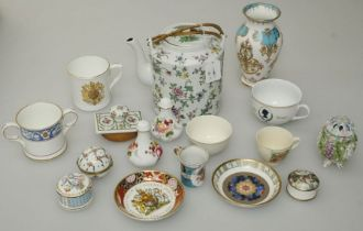 A mixed lot of 20th century ceramics including commemorative ware, a doll's part tea set decorated