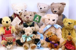 Bears: A collection of assorted bears to include: Hermann Pope Benedict XVI 108/265; other Hermann