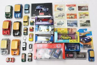 Diecast: A collection of assorted boxed and unboxed diecast vehicles to include various examples
