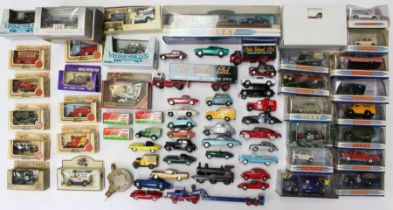 Diecast: A collection of assorted modern boxed and unboxed modern diecast including Dinky and