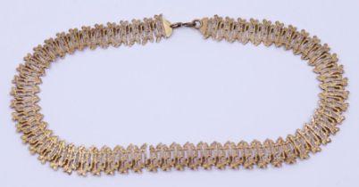A 1970s textured 9ct gold Choker