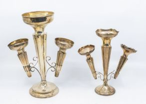 A George V silver epergne vase, central section with pair of detachable posy vases, each trumpet