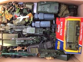 Dinky: A collection of assorted Dinky military vehicles. Approximately 100 vehicles in playworn