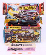 Corgi: A boxed Corgi Toys, Rocket Firing Batmobile, 267, complete with three missiles and