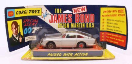 Corgi: A boxed Corgi Toys, Special Agent 007 James Bond's Aston Martin DB5, 270. This rare example