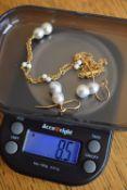 18k Freshwater Pearl Necklace & Earrings Set