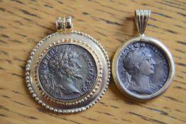 2x Roman Gold 18k Pendants