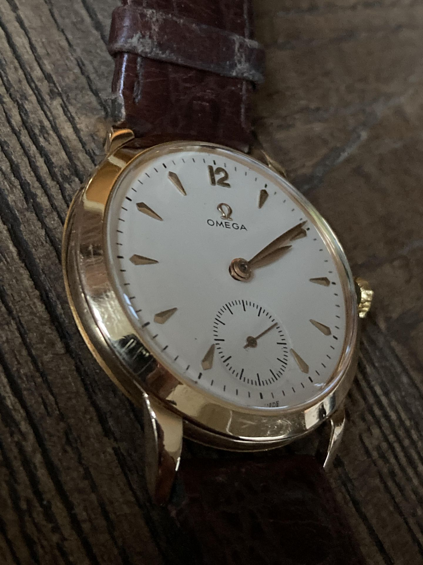 GOLD OMEGA DRESS WATCH - 35mm - Image 2 of 3