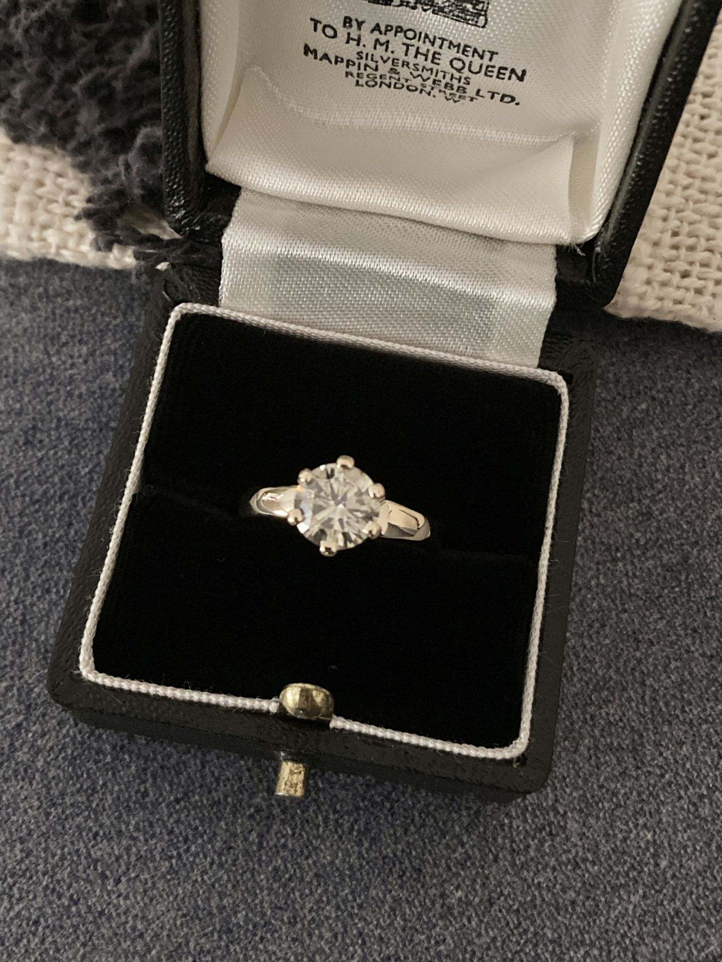 1.54CT DIAMOND SOLITAIRE RING Y. GOLD (ROUND BRILLIANT) - 2012 VALUATION £6,200 INCLUDED - Image 7 of 14