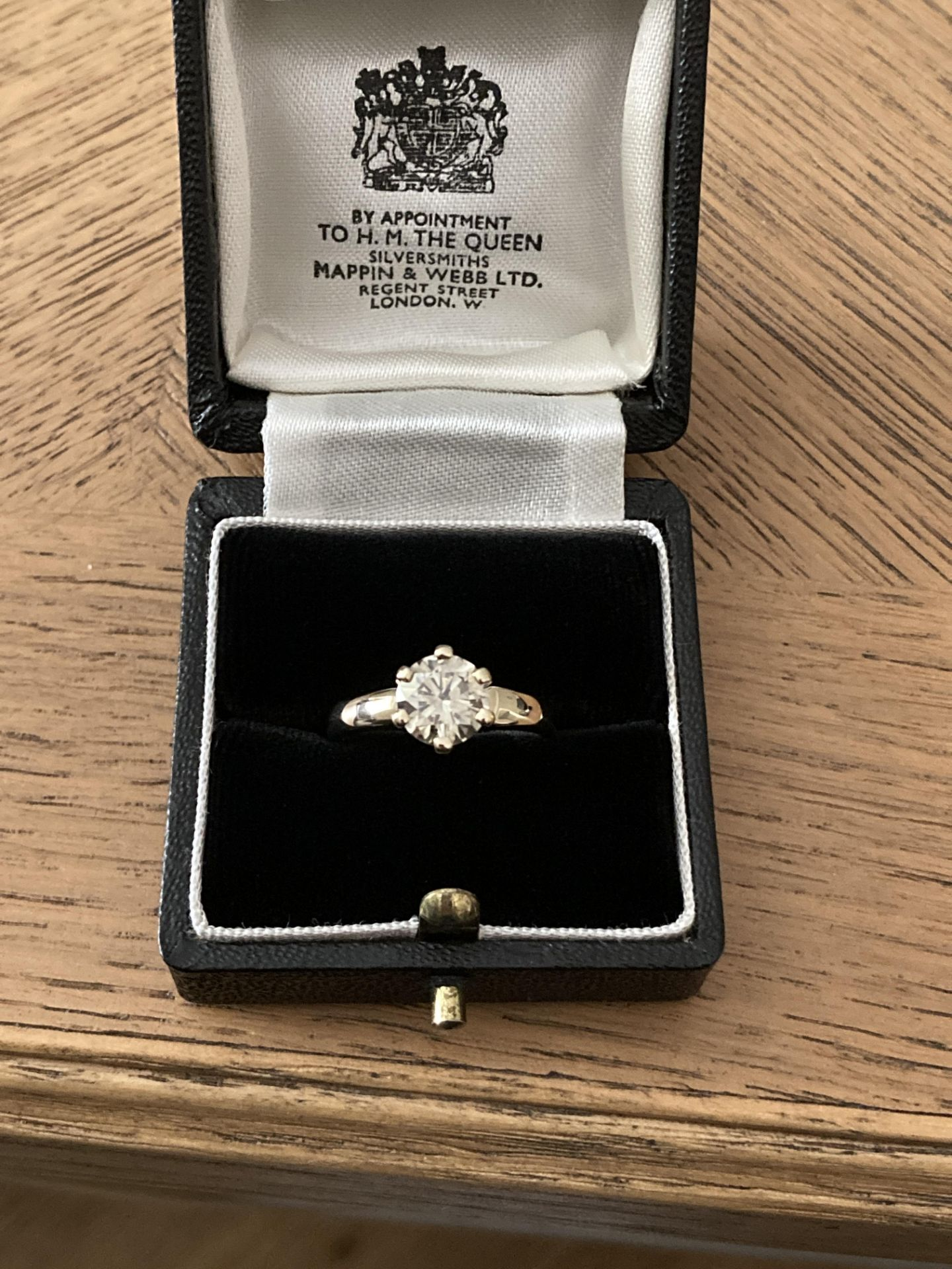 1.54CT DIAMOND SOLITAIRE RING Y. GOLD (ROUND BRILLIANT) - 2012 VALUATION £6,200 INCLUDED - Image 10 of 14