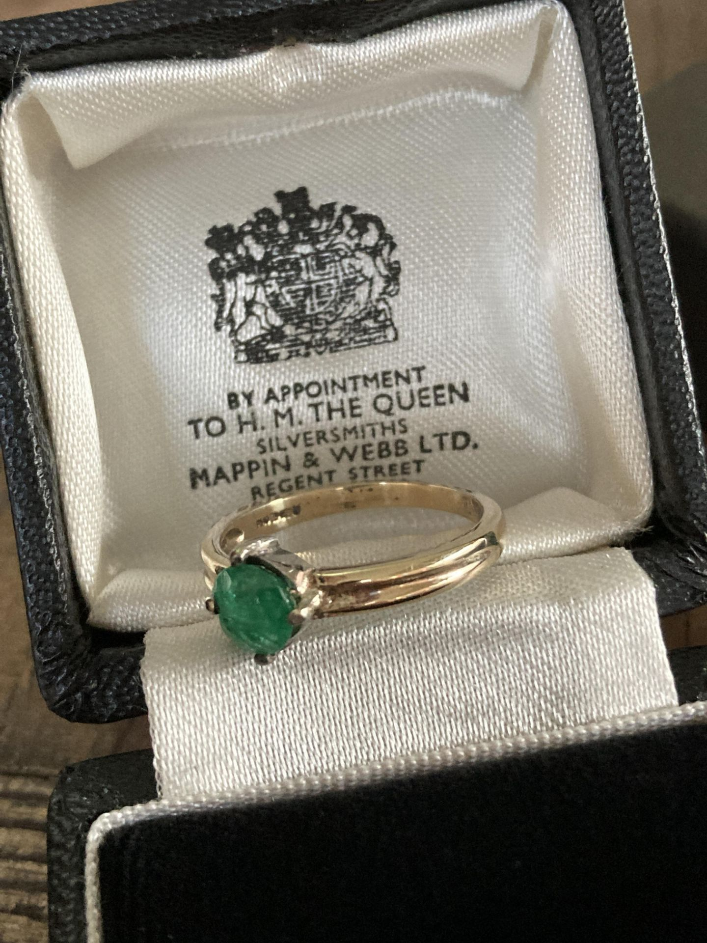 EMERALD GOLD RING - SIZE P /12 - Image 3 of 3